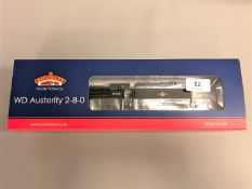 Bachmann - 32-260DC WD Austerity Class 90448 BR Black Late Crest, boxed.