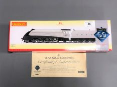 Hornby - R3307 The Silver Jubilees A4 Class 'Quicksilver' 2510, boxed.