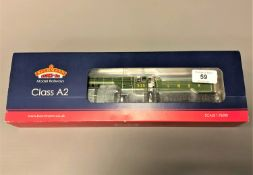 Bachmann - 31-525 Class A2 Locomotive 525 'A. H. Peppercorn' LNER Apple Green, boxed.