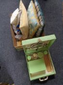 A box of mid century picnic set,