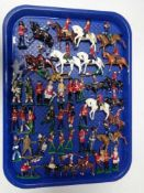 A tray of twentieth century hand painted lead figures