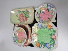 A tray of five pieces of Maling ware