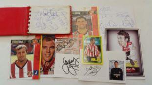 FOOTBALL, Sunderland, signed selection, inc. autograph album, white cards, photos, trade cards etc.,