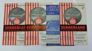 FOOTBALL, Sunderland, home and away programmes, inc. 1959/60 (8H/3A), 1960/1 (5H/8A) & 1961/2 (9H/