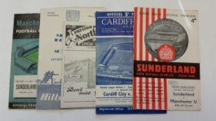 FOOTBALL, Sunderland, home (10) and away (8) programmes, 1956/7, inc. v Manchester United,