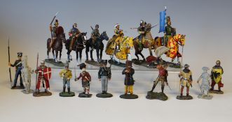 A collection of Del Prado Men at War 1914-1945 and other figures with accompanying Osprey