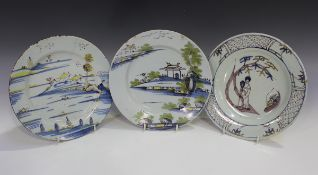 A good English Delft plate, London, circa 1770-80, painted in blue, green, yellow and manganese with