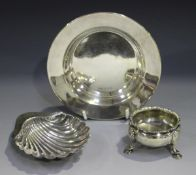 A late Victorian silver butter shell, on three shell feet, Sheffield 1892 by Atkin Brothers,