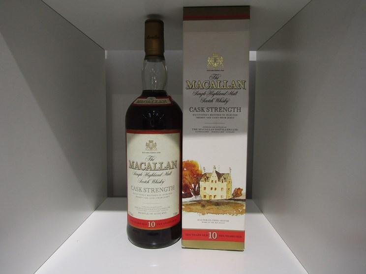 Lot 7026 - The Macallan 10 years Old Single Highland Malt Scotch,