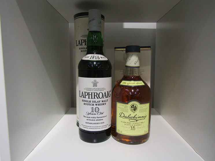 Lot 7024 - Dalwhinnie 15 years Old Highland Single Malt Scotch Whisky 70cl boxed,