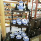 Approximately 17 pieces of Spode Italian table ware.