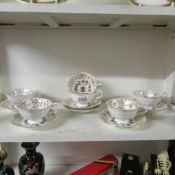 12 Paragon 'Canada' commemorative tea cups and saucers.