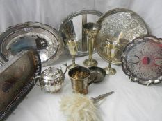A mixed lot of silver plate items.