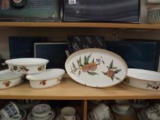 4 boxed Royal Worcester 'Evesham' oval dishes and a shallow oval dish