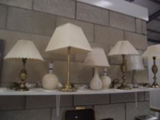 A quantity of table lamps (includes 2 pairs)