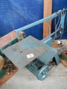 A table fretsaw.