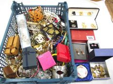 A mixed lot of costume jewellery, some boxed, some vintage etc.