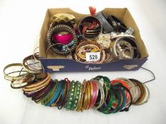 A mixed lot of jewellery, mainly bangles.