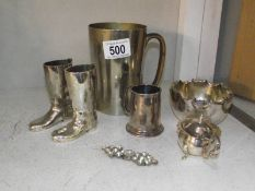 A mixed lot of silver plate and other metal ware including tankard, boots, Mappin & Webb etc.