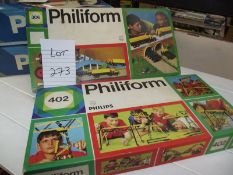 2 Philips Philifarm building brick sets No 306 and 402, many pieces,