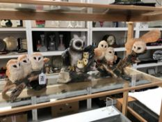3 owl figure groups