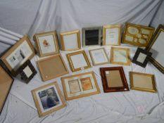 18 new photograph frames.