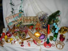 A good lot of mid 20th century and later Christmas decorations.