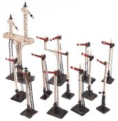 11x O Gauge tinplate and wooden model railway semaphore signals by Marklin etc. Including single arm