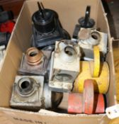 5x Railway Lamps. 2x BR(S) unpainted lamps by 'Lamp Manufacturing & Railway Supplies Ltd', both with