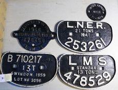 5x railway wagon builder's plates. LMS standard 13-ton; 478529. LMS 'target' shaped 1946 standard