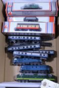 11x N gauge railway items. Including 3x BR diesel locomotives; a Class 55 Co-Co Deltic loco, Meld