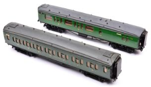 2x O gauge coarse scale Southern Railway corridor coaches. Kit-built bogie coaches on wooden