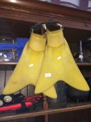A pair of ForceFin Pro fins. Catalogue only, live bidding available via our website, if you