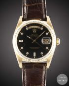 A GENTLEMAN'S SIZE 18K SOLID GOLD ROLEX OYSTER PERPETUAL DAY DATE WRIST WATCH  CIRCA 1993, REF.