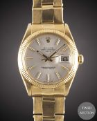 A GENTLEMAN'S 18K SOLID YELLOW GOLD ROLEX OYSTER PERPETUAL DATE BRACELET WATCH CIRCA 1972, REF. 1503
