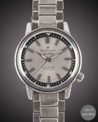 A GENTLEMAN'S STAINLESS STEEL SEIKO SPORTSMATIC SILVERWAVE AUTOMATIC DIVERS BRACELET WATCH CIRCA