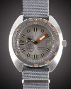 A RARE GENTLEMAN'S STAINLESS STEEL DOXA SUB 300T SHARKHUNTER AQUA LUNG U.S. DIVERS WRIST WATCH CIRCA