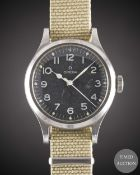 A GENTLEMAN'S STAINLESS STEEL BRITISH MILITARY OMEGA RAF PILOTS WRIST WATCH DATED 1956, WITH BLACK