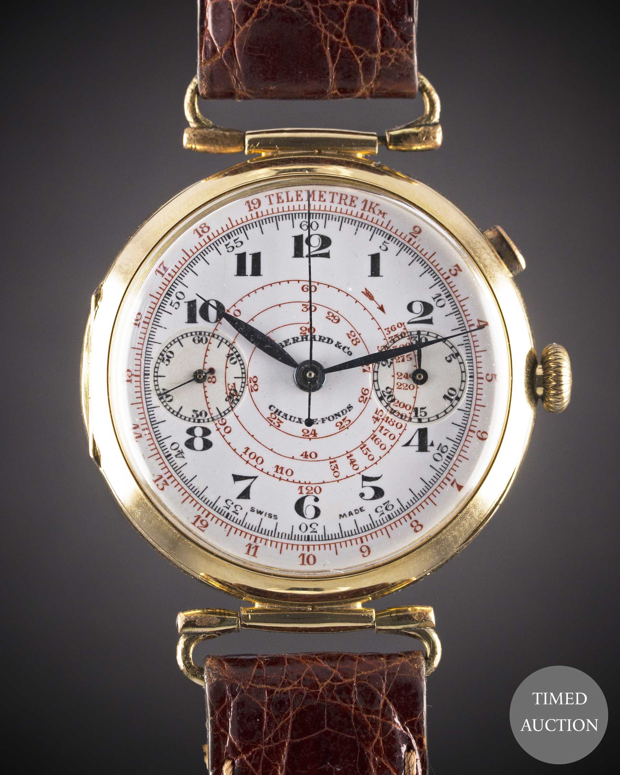 Lot 4 - A GENTLEMAN'S LARGE SIZE 18K SOLID GOLD EBERHARD & CO SINGLE BUTTON CHRONOGRAPH WRIST WATCH CIRCA