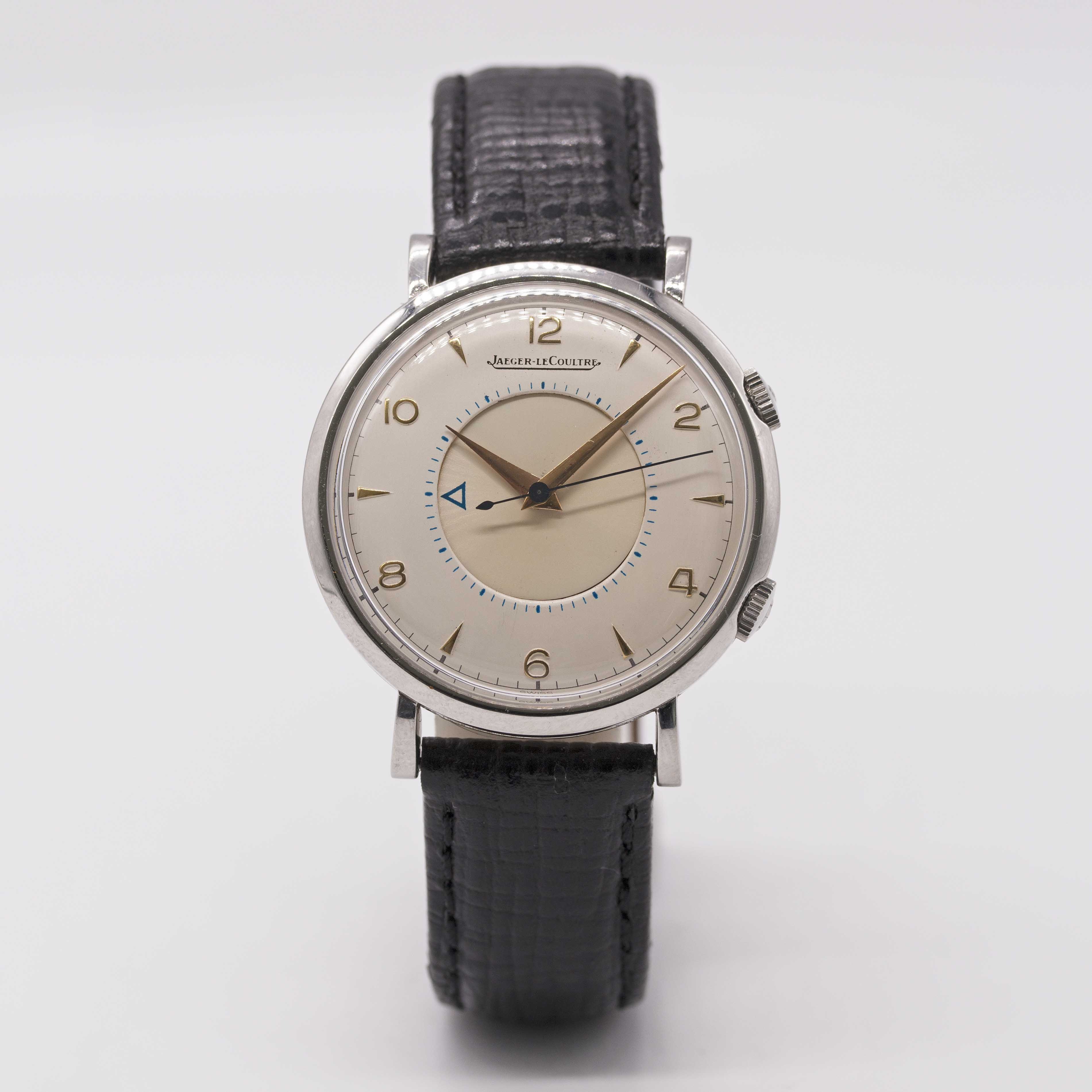 Lot 7 - A GENTLEMAN'S STAINLESS STEEL JAEGER LECOULTRE MEMOVOX ALARM WRIST WATCH CIRCA 1960, WITH REFINISHED