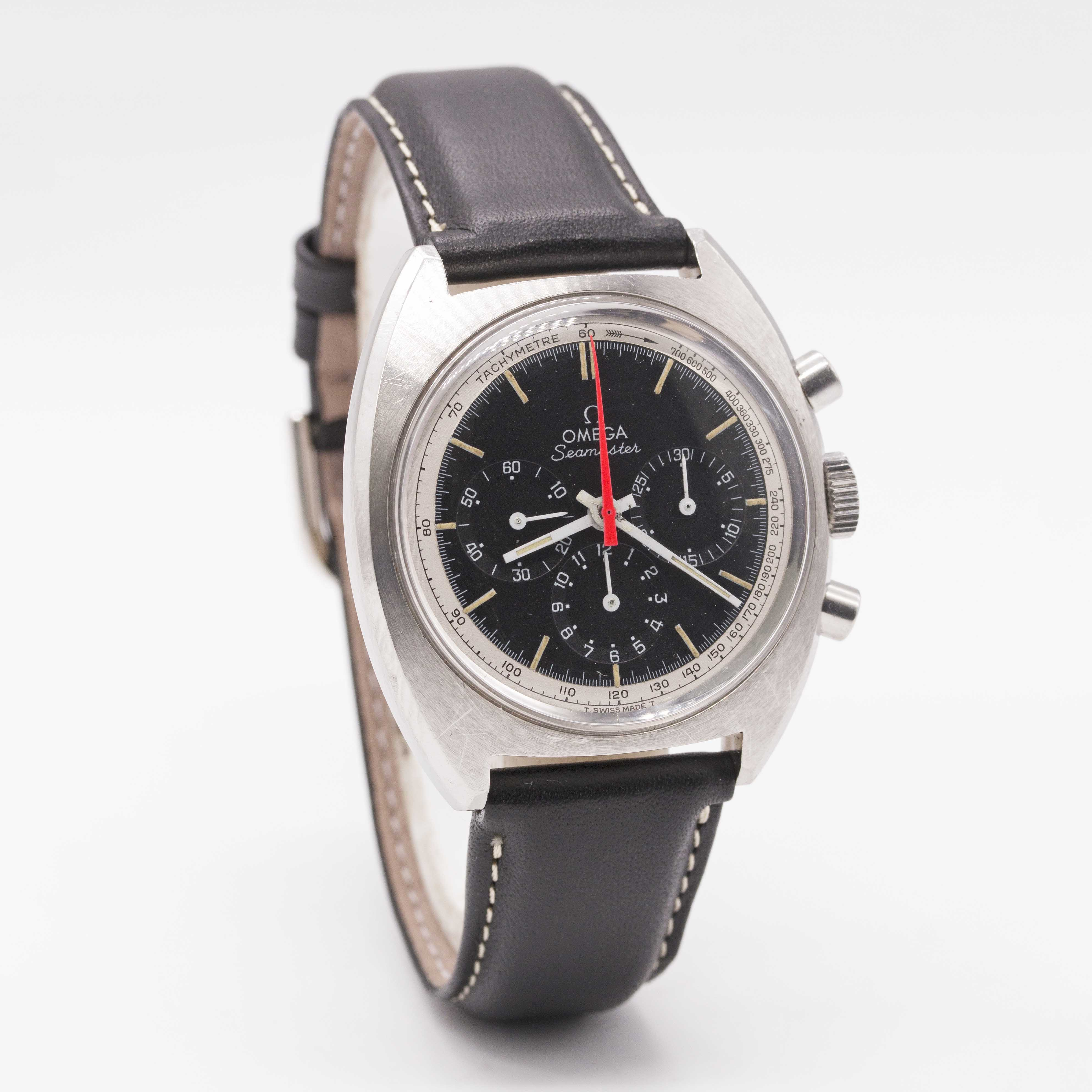 Lot 16 - A GENTLEMAN'S STAINLESS STEEL OMEGA SEAMASTER CHRONOGRAPH WRIST WATCH CIRCA 1967, REF. 145.006-66