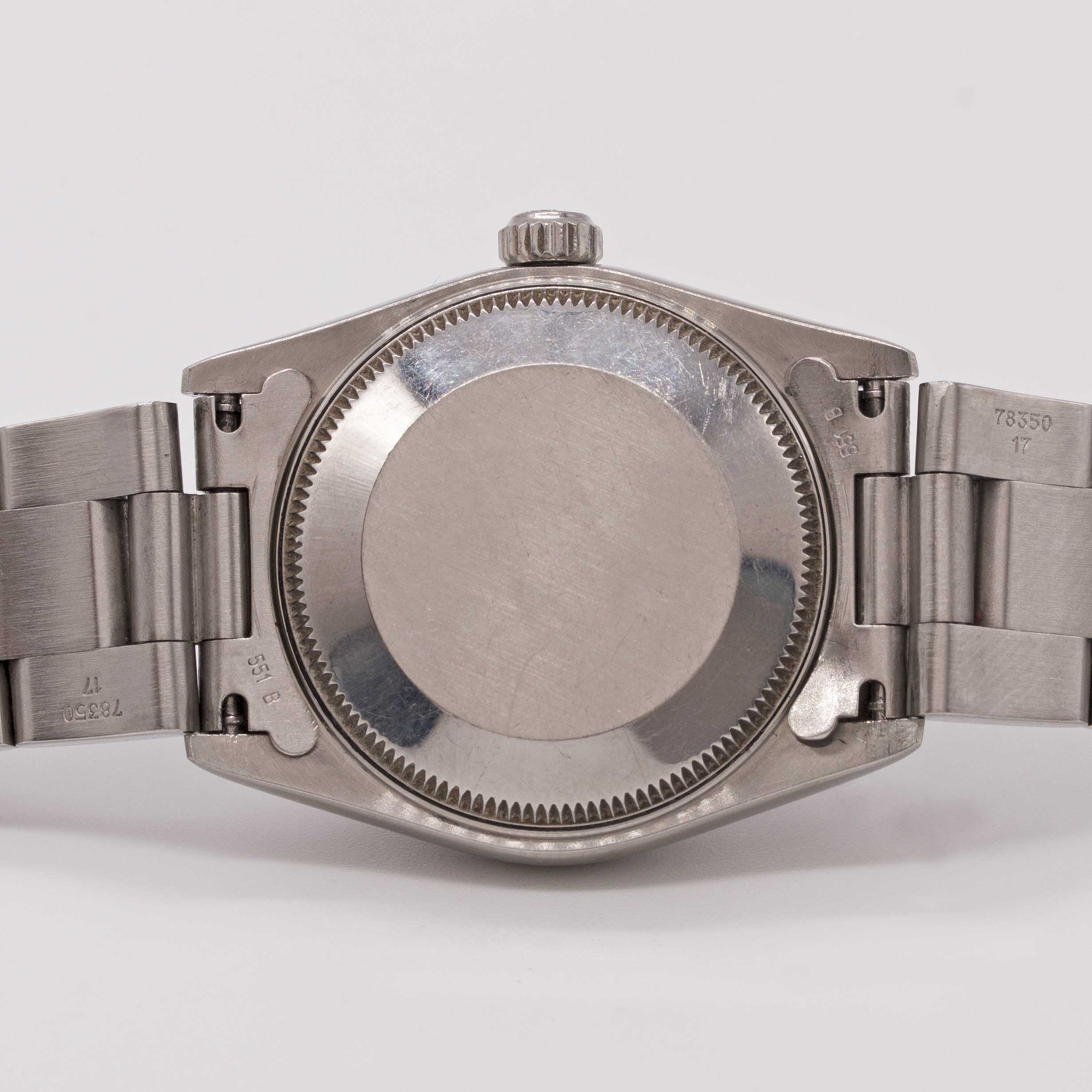 Lot 30 - A MID SIZE STAINLESS STEEL ROLEX OYSTER PERPETUAL DATEJUST BRACELET WATCH CIRCA 2001, REF. 78240