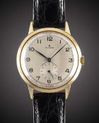 A GENTLEMAN'S LARGE SIZE 9CT SOLID GOLD ROLEX SHOCK RESISTING WRIST WATCH CIRCA 1950s, WITH BLACK