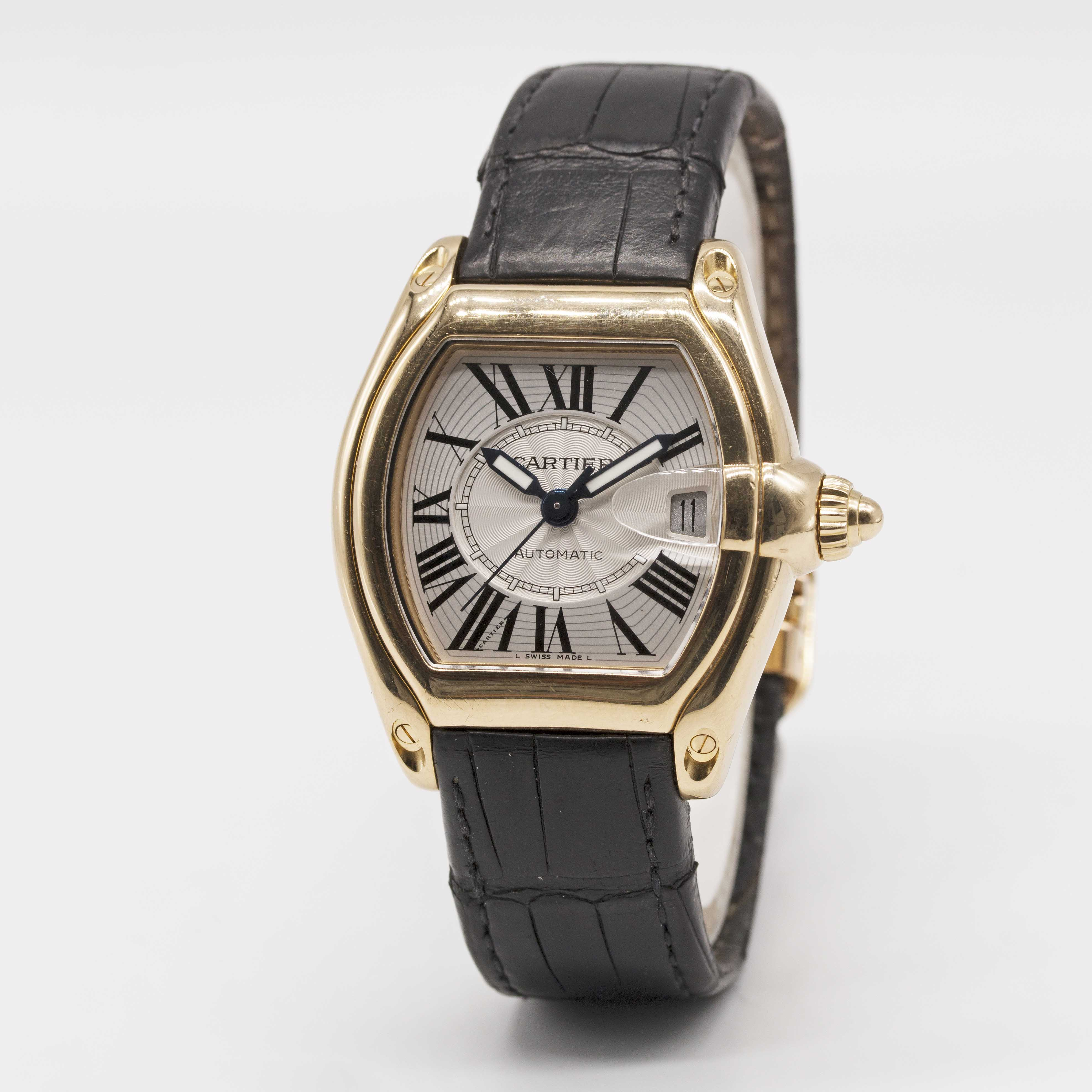 Lot 5 - A GENTLEMAN'S SIZE 18K SOLID YELLOW GOLD CARTIER ROADSTER AUTOMATIC WRIST WATCH DATED 2007, REF.