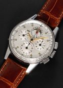 A RARE GENTLEMAN'S STAINLESS STEEL UNIVERSAL GENEVE TRI COMPAX MOONPHASE TRIPLE CALENDAR CHRONOGRAPH
