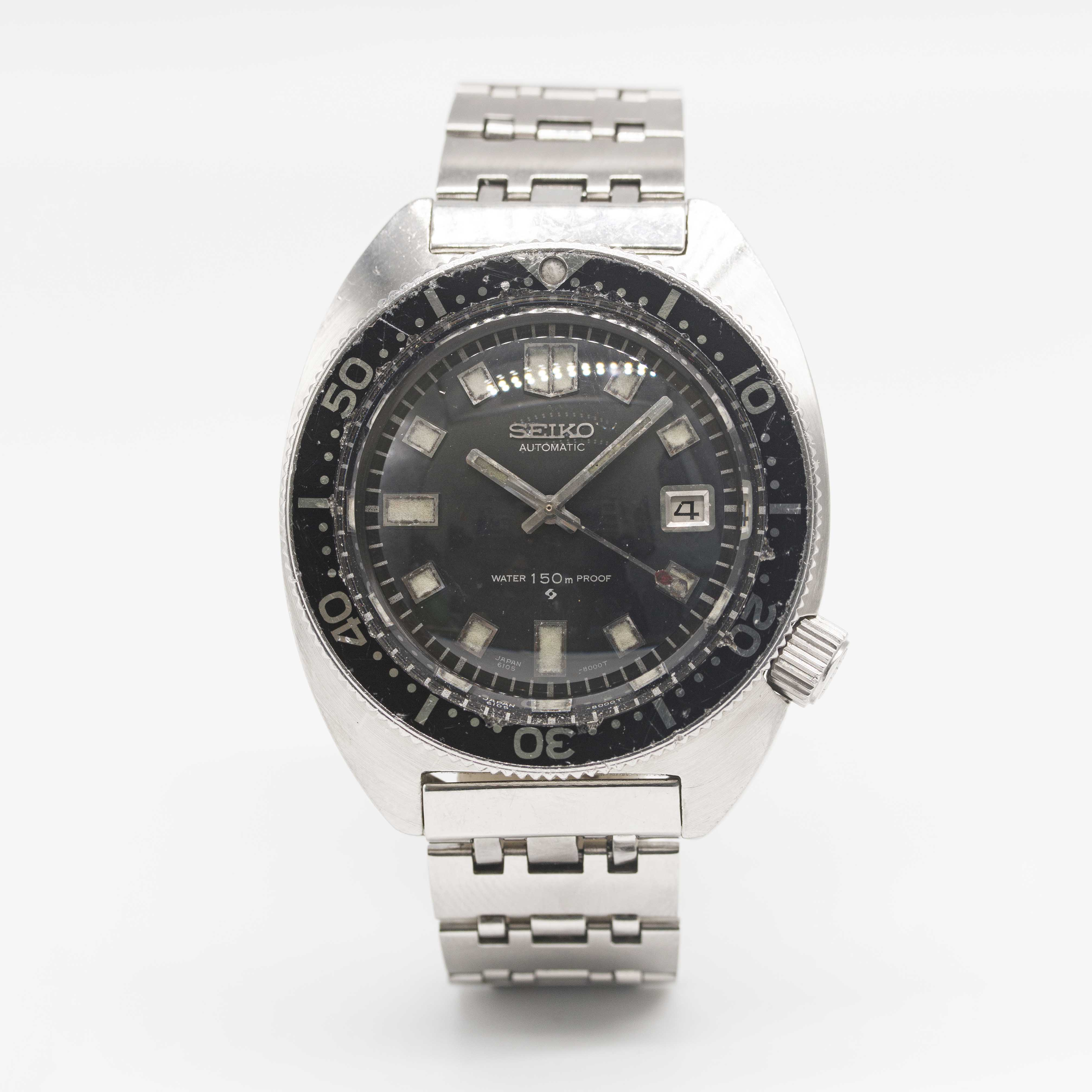 Lot 30 - A RARE GENTLEMAN'S STAINLESS STEEL SEIKO 150M AUTOMATIC DIVERS BRACELET WATCH CIRCA 1970s, REF.