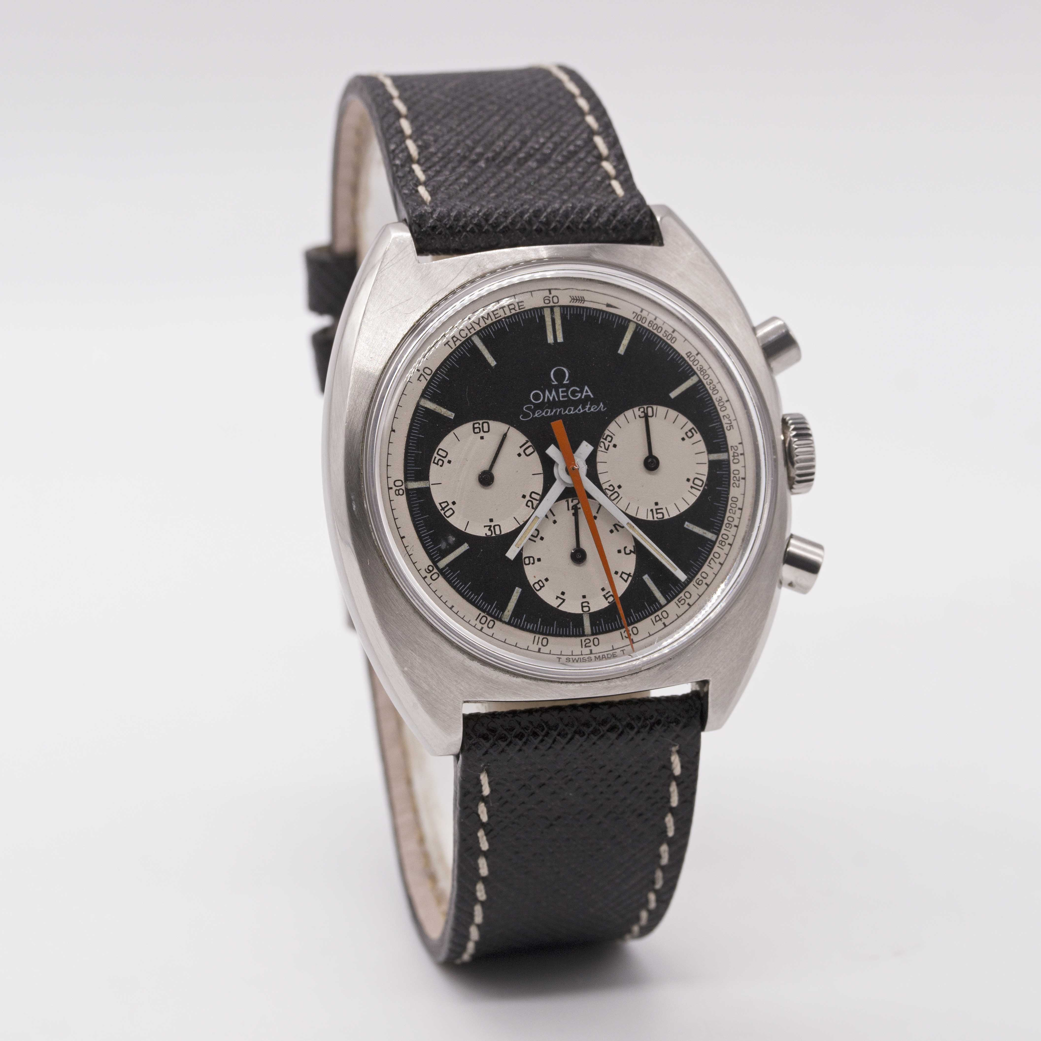 Lot 27 - A GENTLEMAN'S STAINLESS STEEL OMEGA SEAMASTER CHRONOGRAPH WRIST WATCH CIRCA 1967, REF. 145.006-66