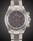 A GENTLEMAN'S 18K SOLID WHITE GOLD ROLEX OYSTER PERPETUAL DAYTONA COSMOGRAPH BRACELET WATCH CIRCA