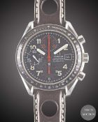 A GENTLEMAN'S STAINLESS STEEL OMEGA SPEEDMASTER AUTOMATIC CHRONOGRAPH WRIST WATCH CIRCA 1999