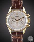 A GENTLEMAN'S 18K SOLID YELLOW GOLD HEUER CLASSIC CARRERA CHRONOGRAPH WRIST WATCH DATED 2001, REF.